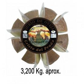 Queso Curado de oveja grande en porciones. (3,200 Kg. aprox.)