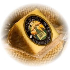 Porcion de Queso Artesano de oveja Curado (450 g. aprox)